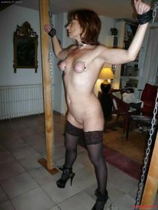 Homemade BDSM, slim mature bandaged by ropes