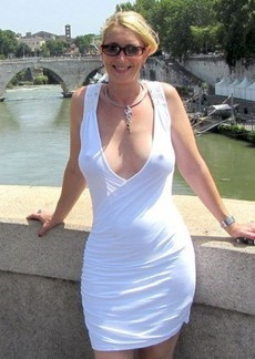 Beautiful blonde mother in hot rookie photo.