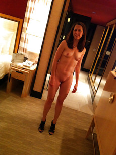 See my wife i love her pussy