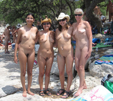 Indian family nudism