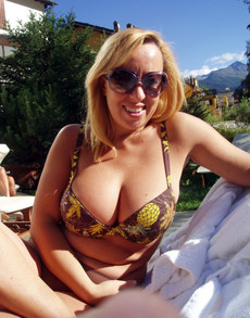 Amateur Italian big tits sexy pictures outdoors..