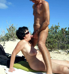 Mature girlfriend sucks dick on the beach