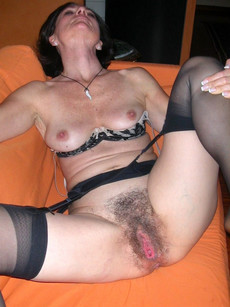 Mature pussy pics when he shaved and before the..