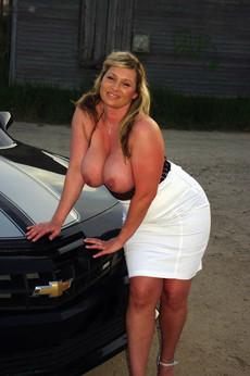 Italian women with big dangling boobs, euro..