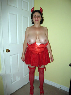 Fat mature lady in a red suit, the hairy slit..