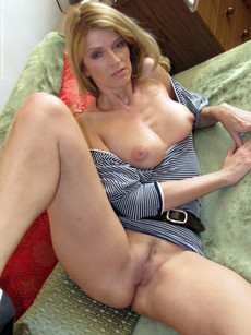 German mature housewives spreading their legs..
