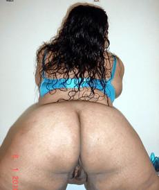 Amateur ebony maid show nude tits and blowjob..