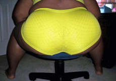 Amazing old black ladies in sexy yellow panties,..